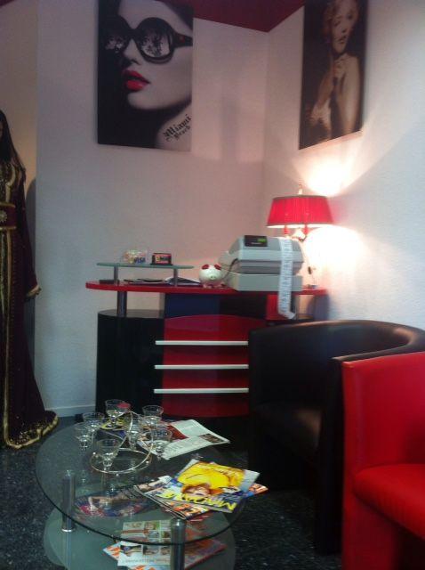 ffnungszeiten von musti international styling friseursalon. Black Bedroom Furniture Sets. Home Design Ideas